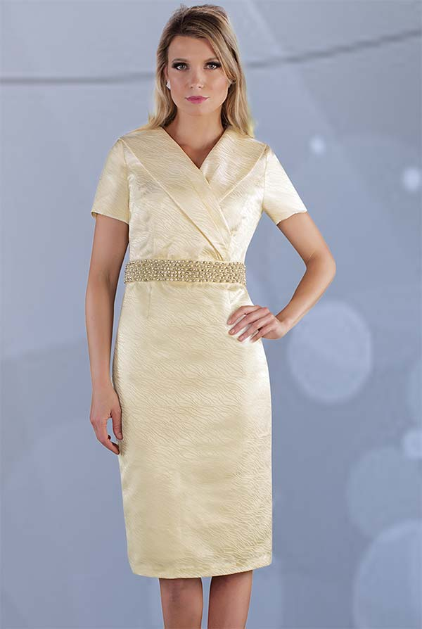 Chancele 9533 - Short Sleeve Dress With Wrap Collar And Pearl Detailed Waist