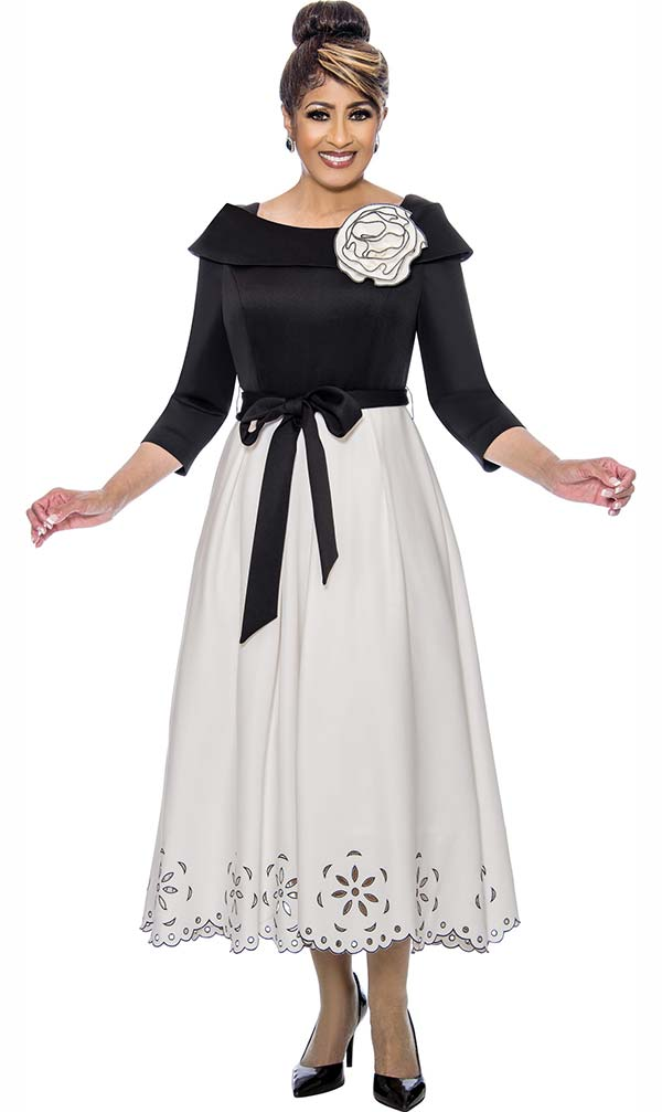 DCC - DCC1941 Cut-Out Accented Pleated Dress With Portrait Collar & Sash