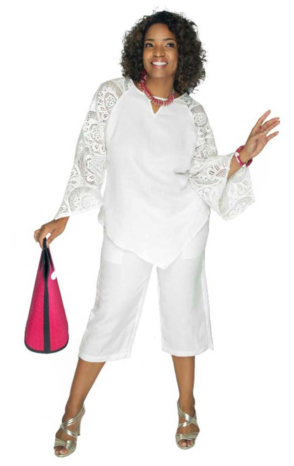 Lino-4832-White-Linen Capri Pant Set With Lacy Sleeves And Keyhole Neckline