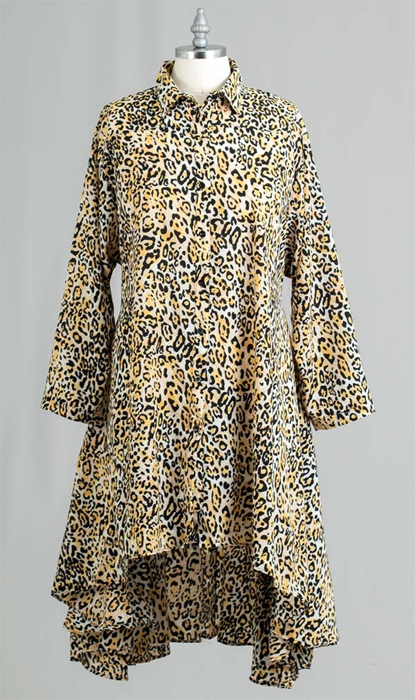 AA20-666A-5 - Womens Button Front Animal Print Swing Tunic Top