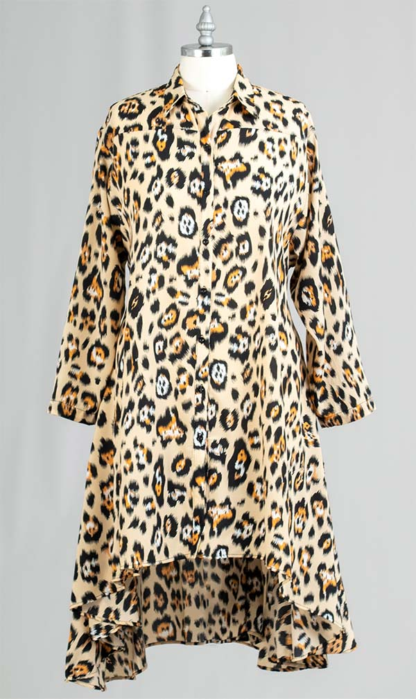 AA20-666A-6 - Womens Button Front Animal Print Swing Tunic Top