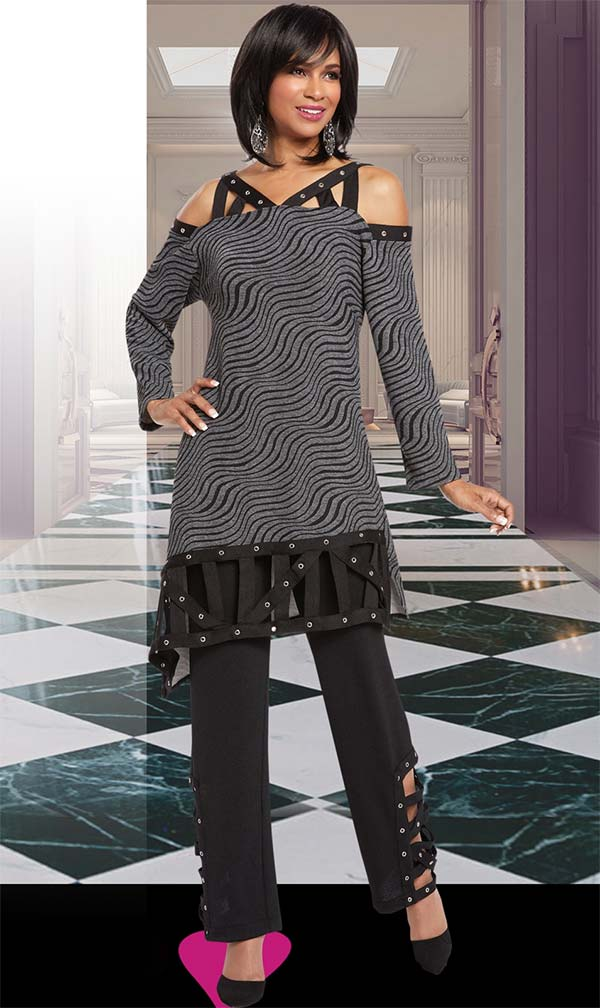 Donna 18149 Novelty Knit Tunic & Pant Suit Trimmed With Silver Grommets